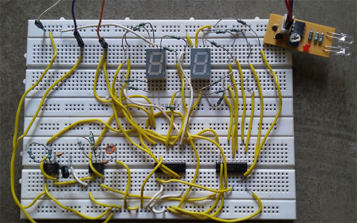 People or Object counter Circuit diagram using IC 555 and IC 4026
