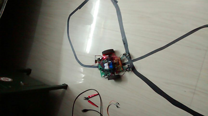 Line Follower Robot LFR Using 8051 Microcontroller - Gadgetronicx