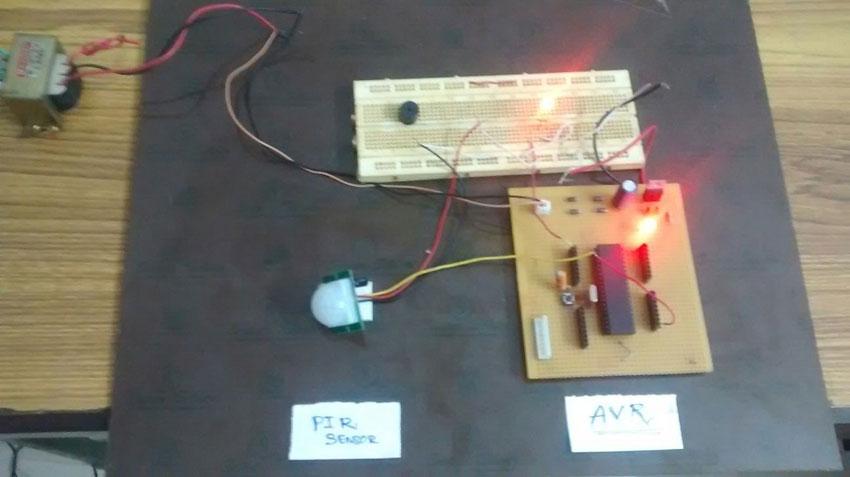 PIR motion sensor interface with AVR-microcontroller